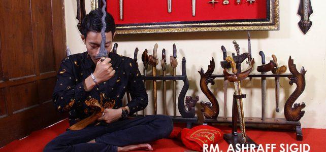 RM. Ashraff Sigid | Sang Guru Spiritual